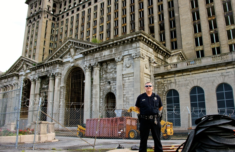 Police officer in Detroit
