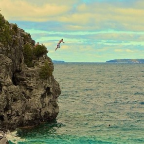 Cliff jumping on Instagram