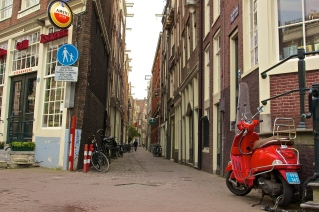Downtown Amsterdam 2