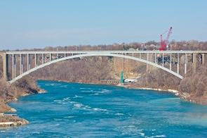 The Peace Bridge to the US