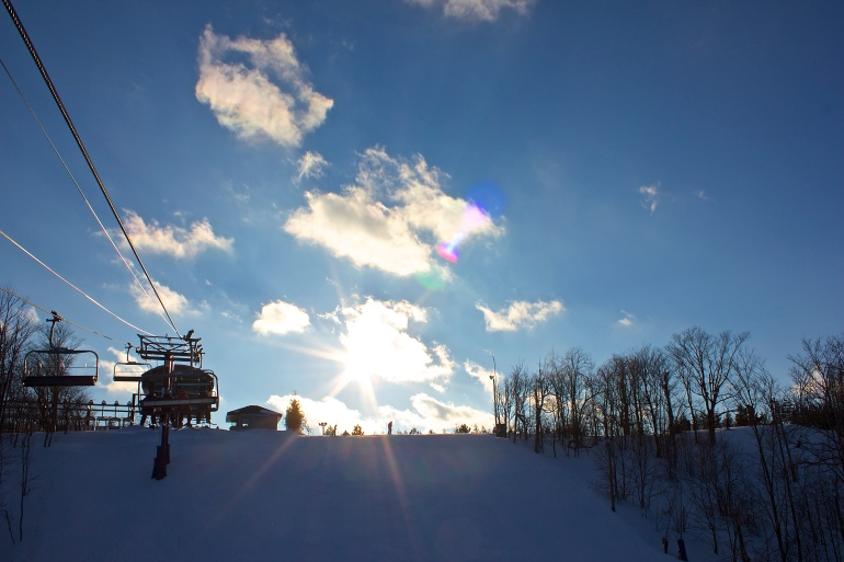 Snowboarding at Blue Mountain 9