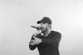 Kendrick Lamar tearing up WayHome.