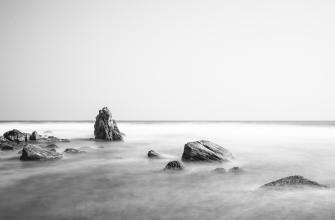 Long Exposure on the Ocean in Sri Lanka