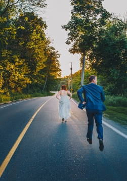 Runaway Bride in Cambridge, ON.