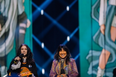 GRIMES and Buffy Saint Marie at JUNOs