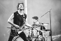 Japandroids tearing up Field Trip 2018