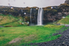 Iceland_Seljalandsfoss Waterfall_Ryan Bolton7643