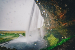 Iceland_Seljalandsfoss Waterfall_Ryan Bolton7645