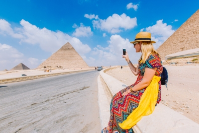 Jess Facetiming with Mom at the Great Pyramids, Giza
