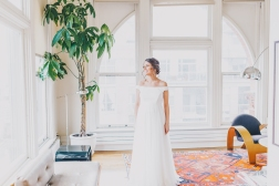 Bride portrait at Gladstone Hotel